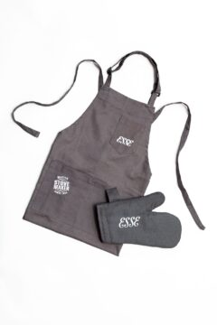 Esse Apron & Oven Glove Set