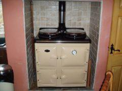 Sandyford Cooker Cottage Oil Cream With Boiler C/h