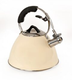 Cream Enamelled 3 Litre Kettle